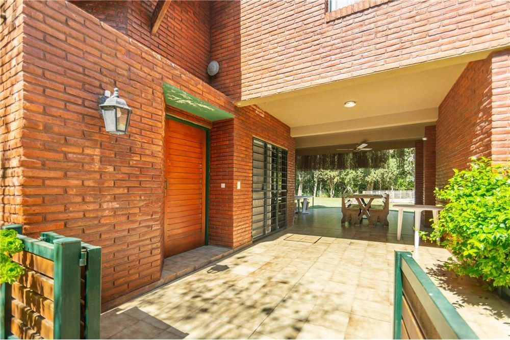 casa en venta barrio náutico escobar - 5 ambientes