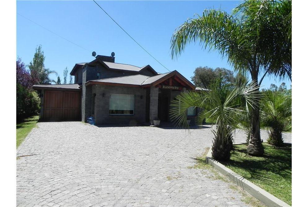 casa en venta ,barrio parque las naciones