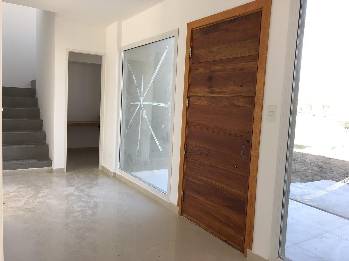 casa en venta barrio puerto 4 amb.