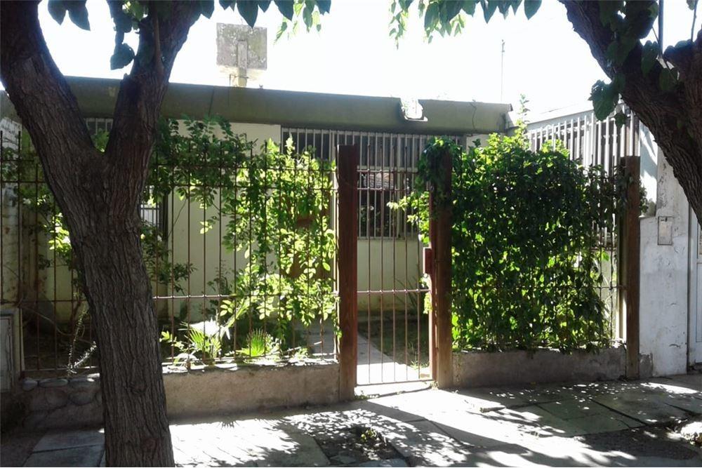 casa en venta barrio santa ana
