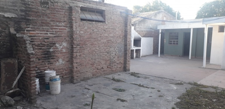 casa en venta barrio villa adela 3 dor a metros aviador pettirossi oportunidad