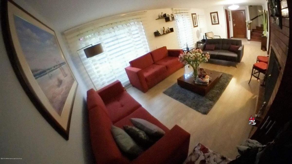 casa en venta belmira(bogota) cod ler:20-719