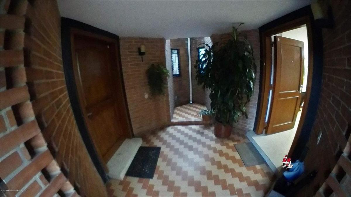 casa en venta belmira(bogota) rah co:20-719