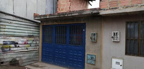 casa en venta bosa san bernardino 4x13.40 m2