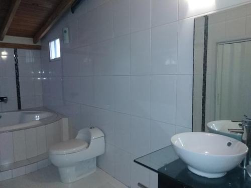 casa en venta, cagua. cod flex 18-1206. mg