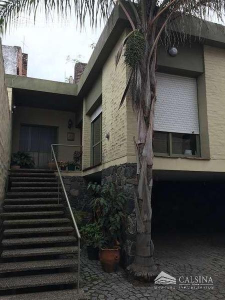 casa en venta - calle bolivar - b° guemes - cba