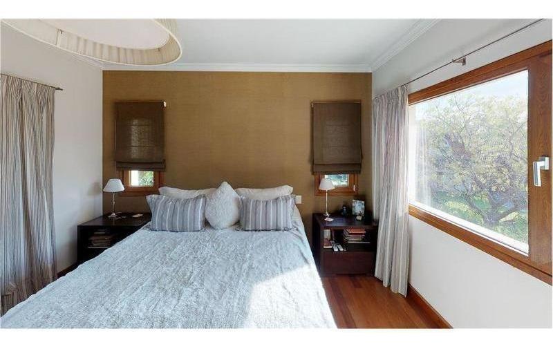 casa en  venta campos de alvarez
