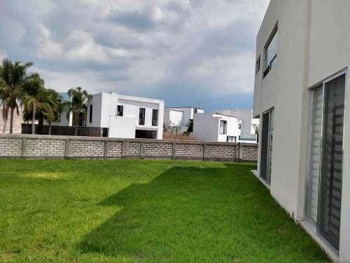 casa en venta. cañadas del lago, corregidora, querétaro. rcv200106-jl