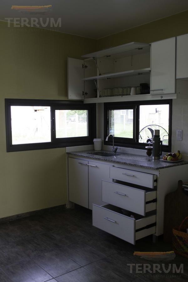 casa en venta : canning :: barrio laguna azul