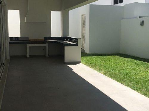 casa en venta canterías carretera nacional monterrey
