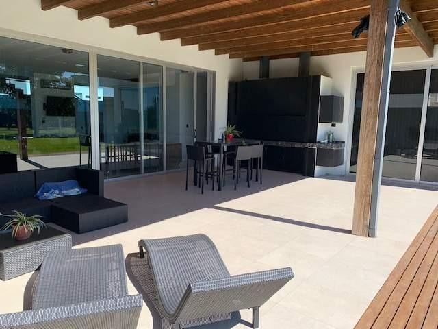 casa en venta cañuelas country golf 3 dormitorios categoria
