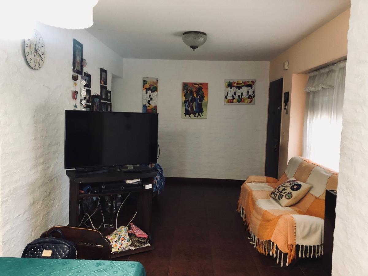 casa en venta castelar 4 ambientes