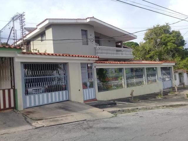 casa en venta  colinas de santa rosa  20-1496 mz