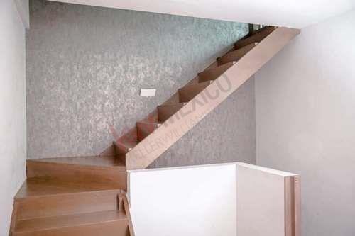 casa en venta colinas del huajuco en privada 3 niveles preciosa