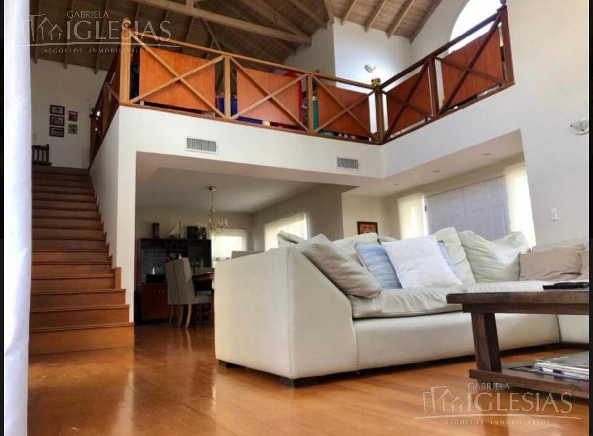 casa en venta con 4 dormitorios en solares del talar