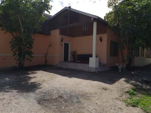 casa  en venta con amplio terreno con arboles frutales