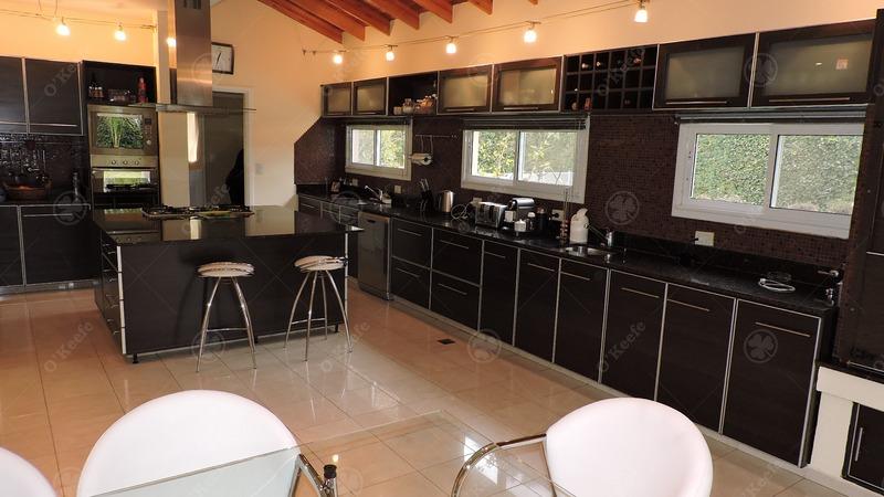 casa en venta con detalles de categoria