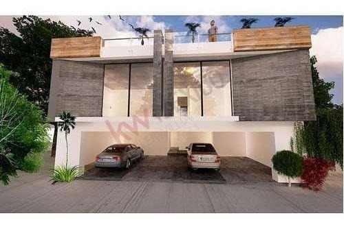 casa en venta con el  90% de avance, en fraccionamiento con seguridad.