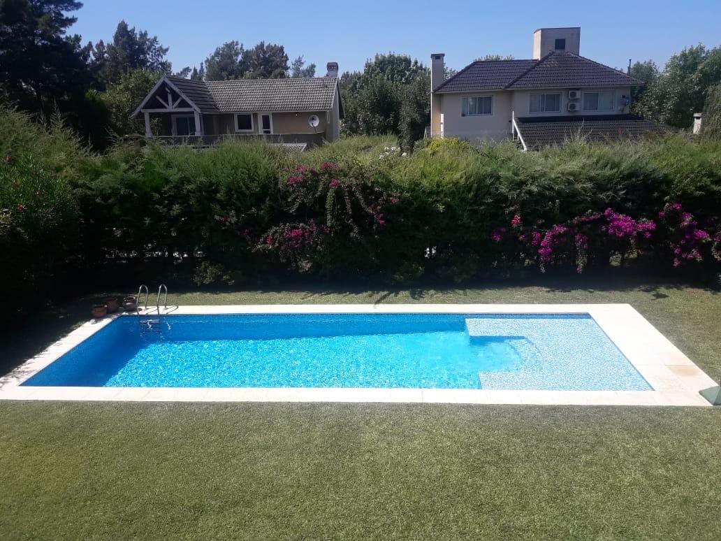 casa en venta  con piscina el lauquen san vicente