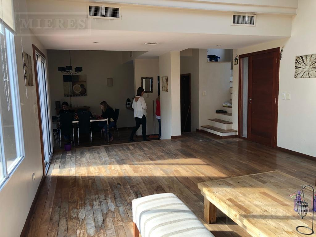 casa en venta con renta - barrio santa clara, villanueva