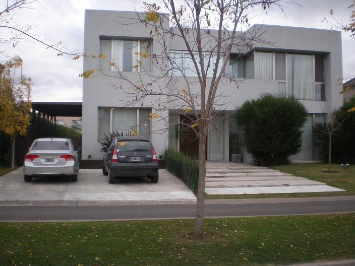 casa en venta con renta pilar barrio cerrado saint matthews