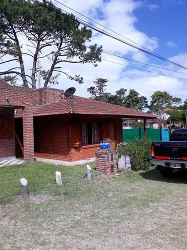 casa en venta con todos los servicios barrio hipocampo