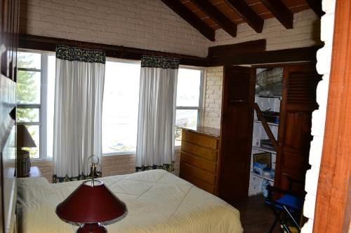 casa en venta con vista al lago
