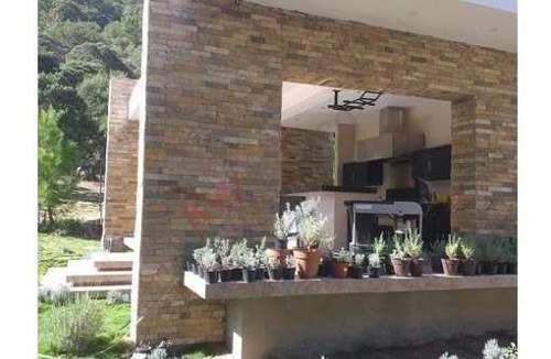 casa en venta con vistas privilegiadas en fracc. el jonuco