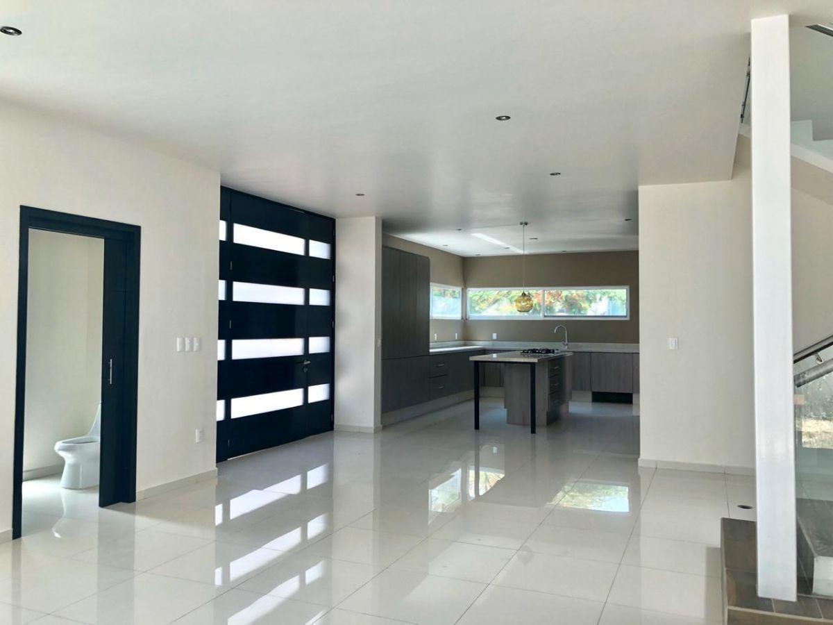 casa en venta condominio casa fuerte tlajomulco