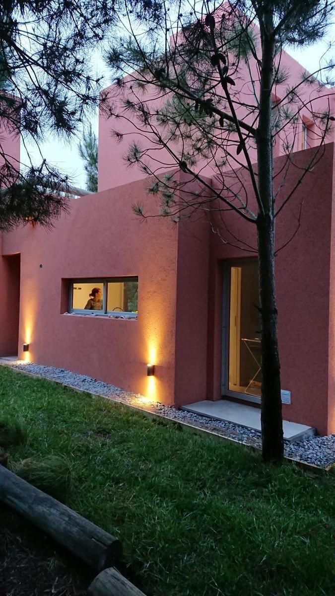 casa en venta - costa esmeralda - residencial