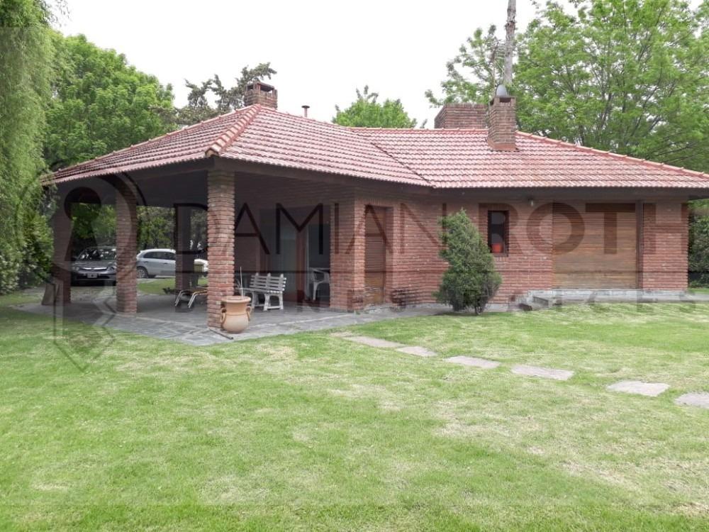 casa en venta country banco provincia  2 dormitotios