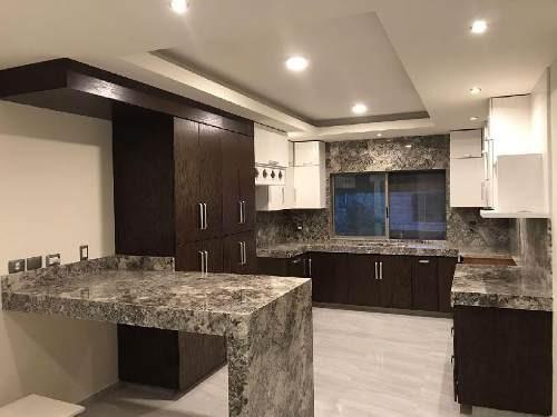 casa en venta cumbres 5 sector  espectacular con acabados de lujo