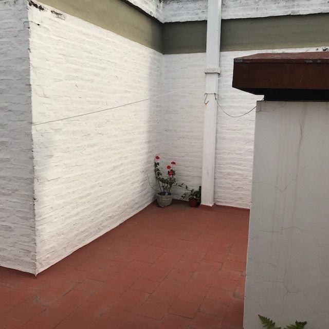 casa en venta de 2 dormitorios en remedios de escalada