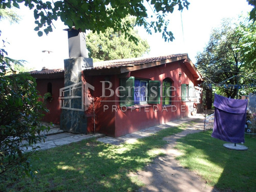 casa en venta de 2 dormitorios en udaondo ituzaingo