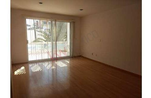 casa en venta de 2 pisos en cumbres del lago, juriquilla, queretaro a solo $ 4,200,000.00