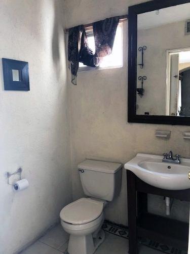 casa en venta de 2 plantas en villa bonita