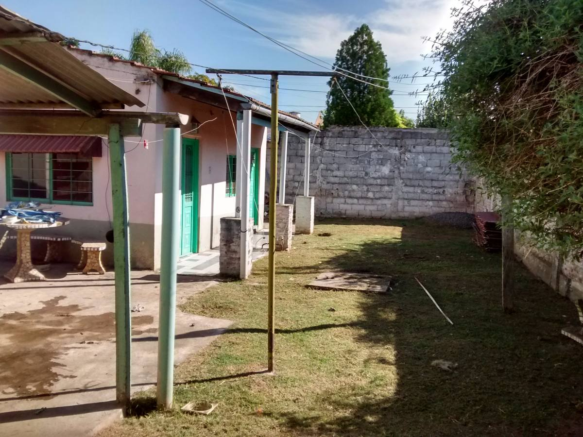 casa en venta de 3 ambientes en longchamps