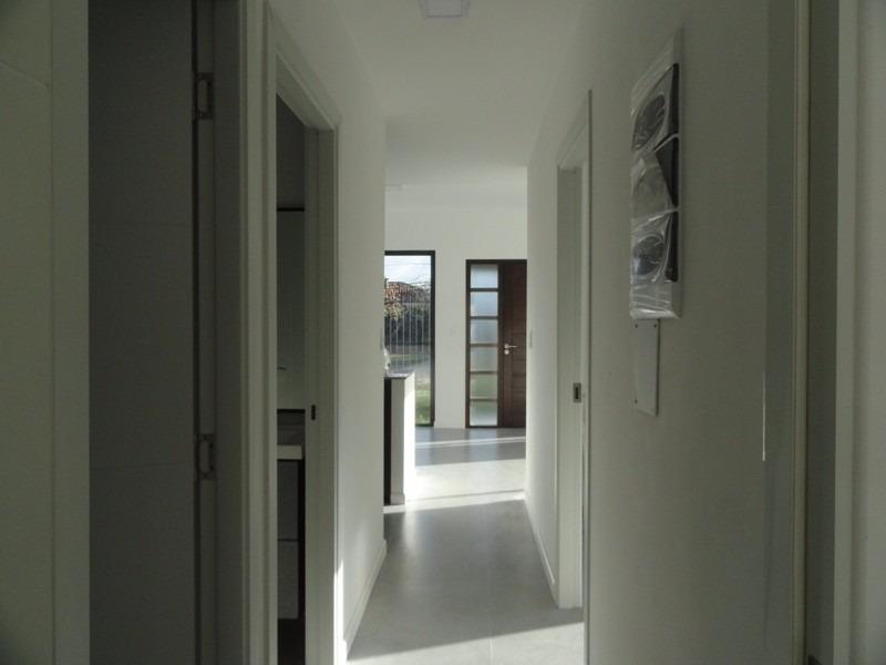 casa en venta de 3 dorm 2 baños en solymar