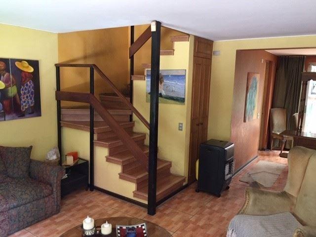 casa en venta de 3 dormitorios en la reina