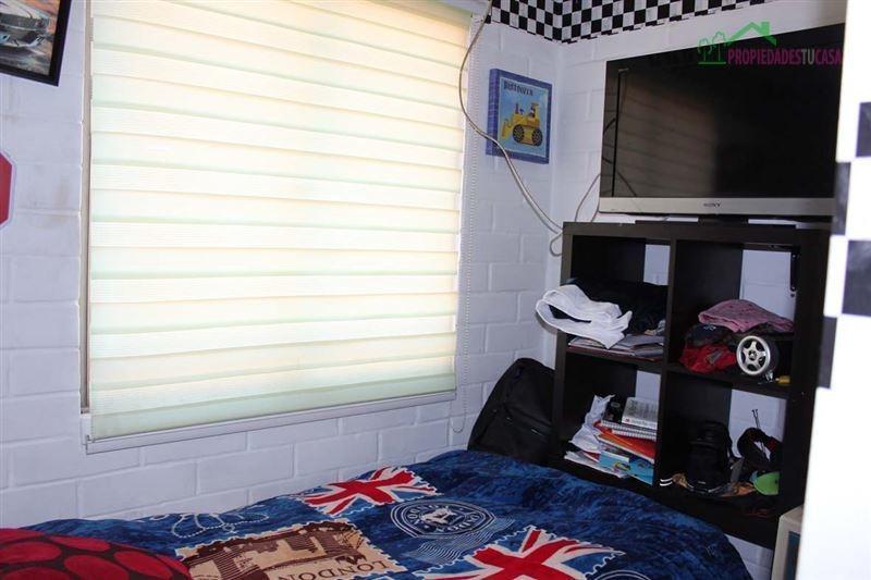 casa en venta de 3 dormitorios en peñaflor