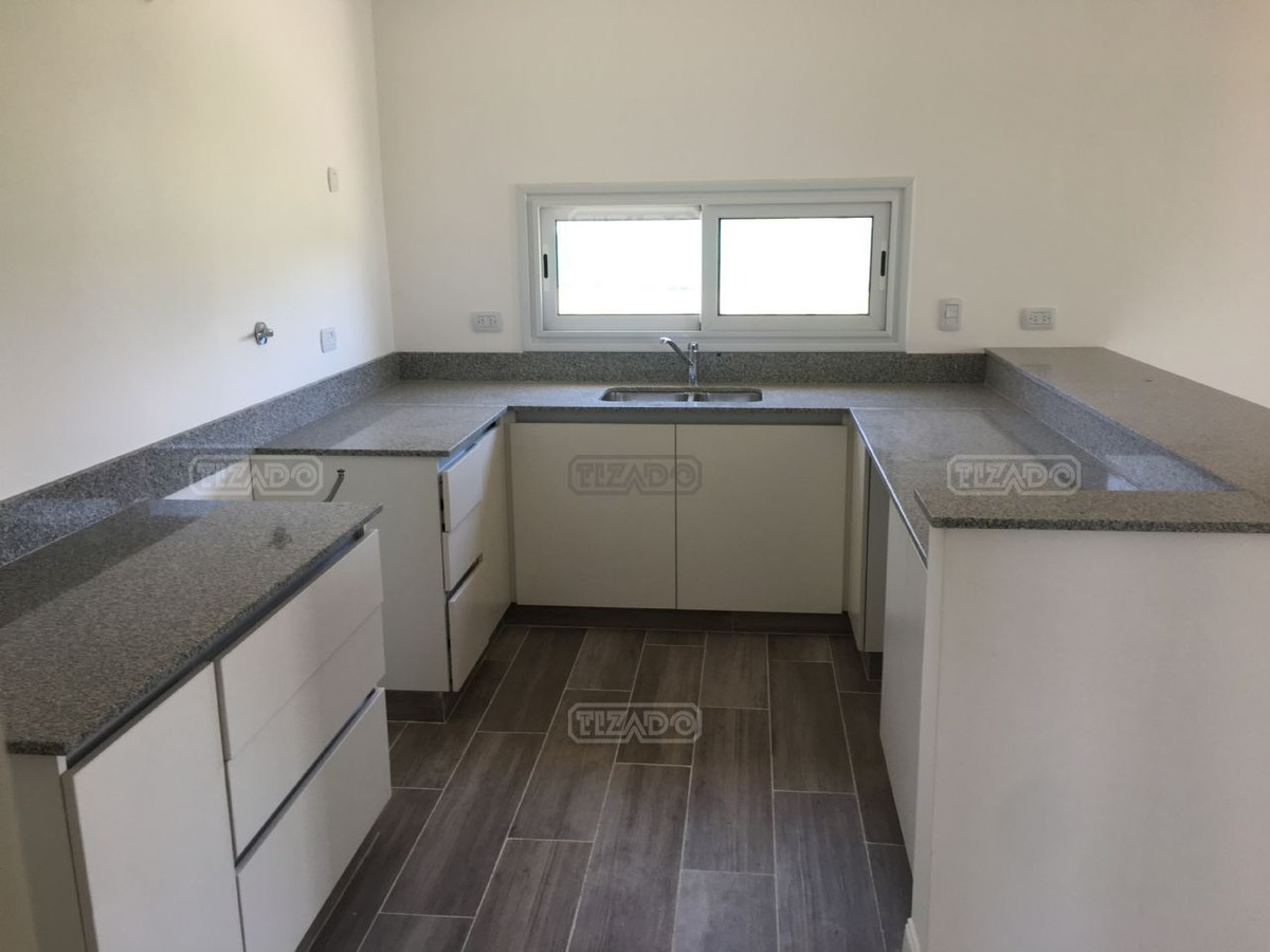 casa  en venta de 3 dormitorios en san rafael, villanueva