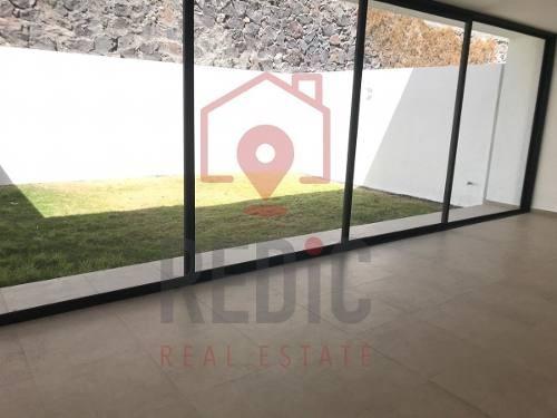 casa en venta de 3 hab y amplio jardín en zibatá