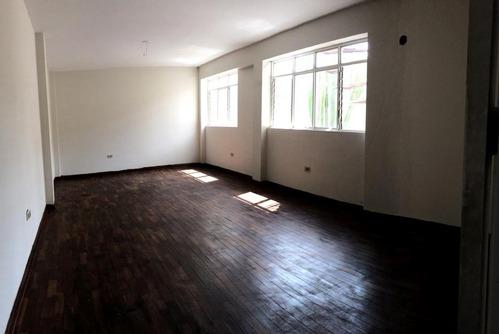casa en venta de 3 pisos con aires en san miguel