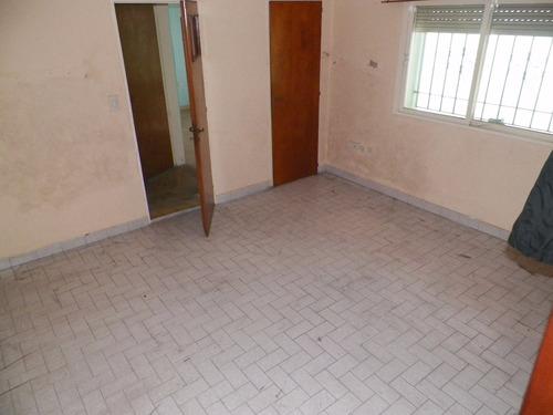 casa en venta de 303 m2 totales - 3 ph internos
