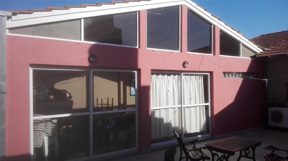 casa en venta de 4 dormitorios en berisso con piscina