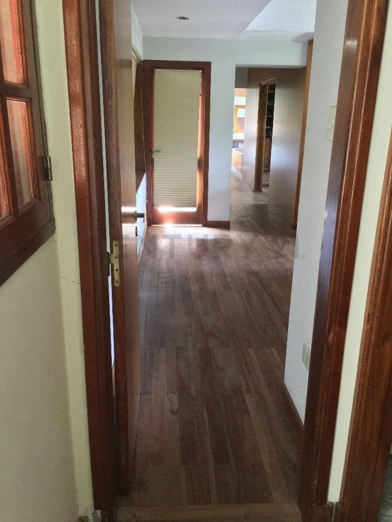 casa en venta de 4 habitaciones en 29 y 66