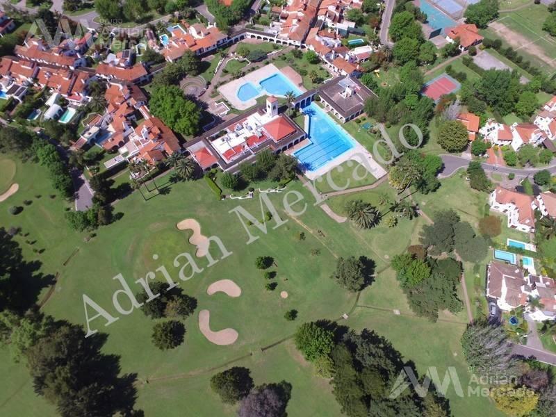 casa en venta de 5 amb. country aranjuez, escobar