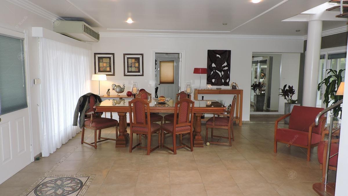 casa en venta de 5 ambientes con vista al golf