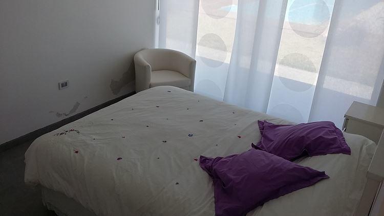casa en venta de 5 dormitorios en algarrobo