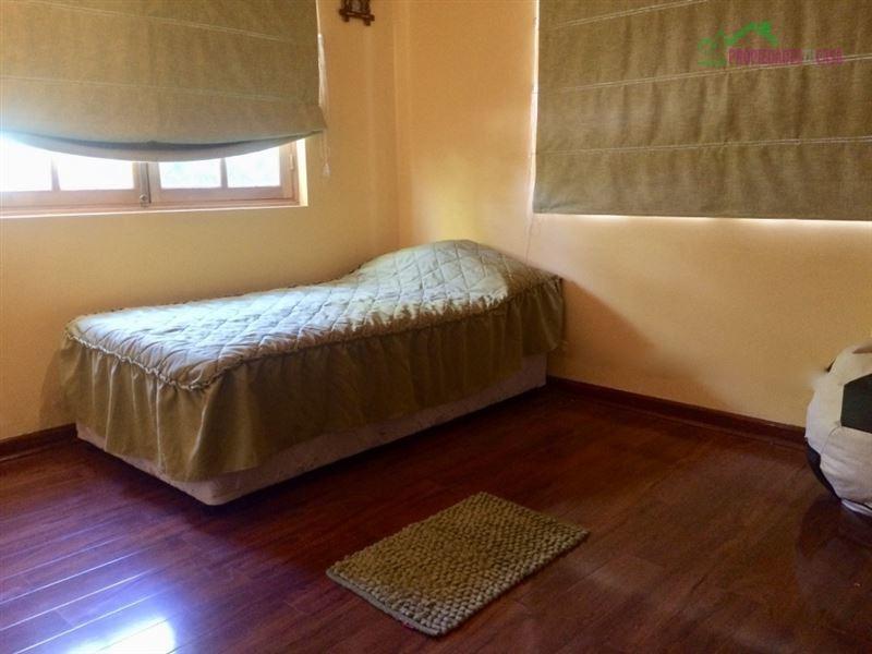 casa en venta de 5 dormitorios en calera de tango